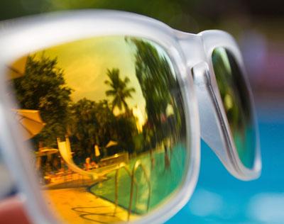 03-secrets-eye-doctor-polarized-sunglasses-1