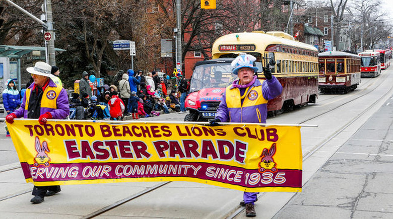 Beaches Lions Club Easter Parade